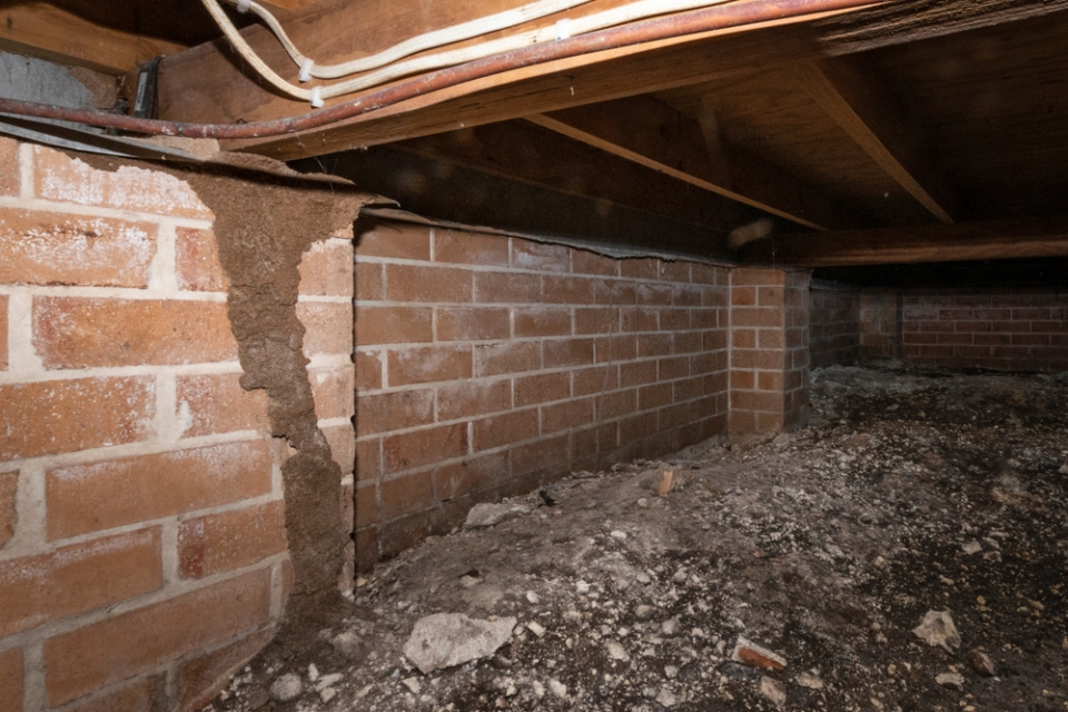 brick crawlspace under a house
